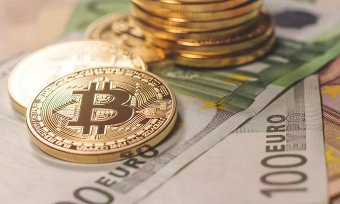 تفاوت پول معمولی و ارز دیجیتال در چه چیزهاییست؟