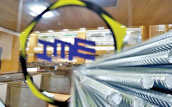 دادوستد ۵۲ هزار تن فولاد در بورس کالا