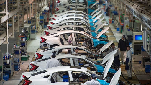 تولید ۷۰۰ هزار خودروی سواری