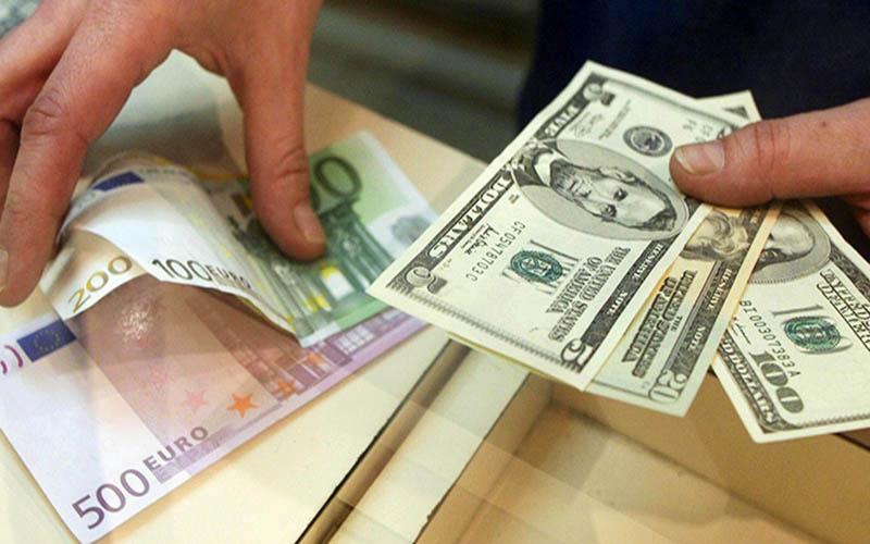 بازار ارز گرفتار سایتهای قمار و شرطبندی شده است