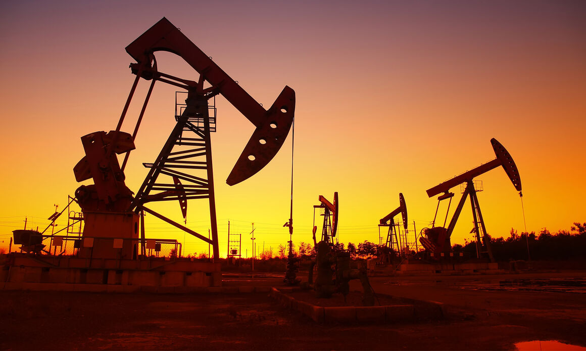 جهان تشنه نفت