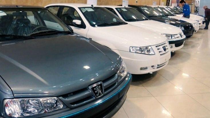 قیمت خودرو کاهشی است | شورای رقابت به دنبال تک نرخی شدن خودرو؟