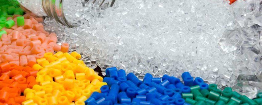 عرضه ۵۴ هزار تن مواد پلیمری در بورس کالا