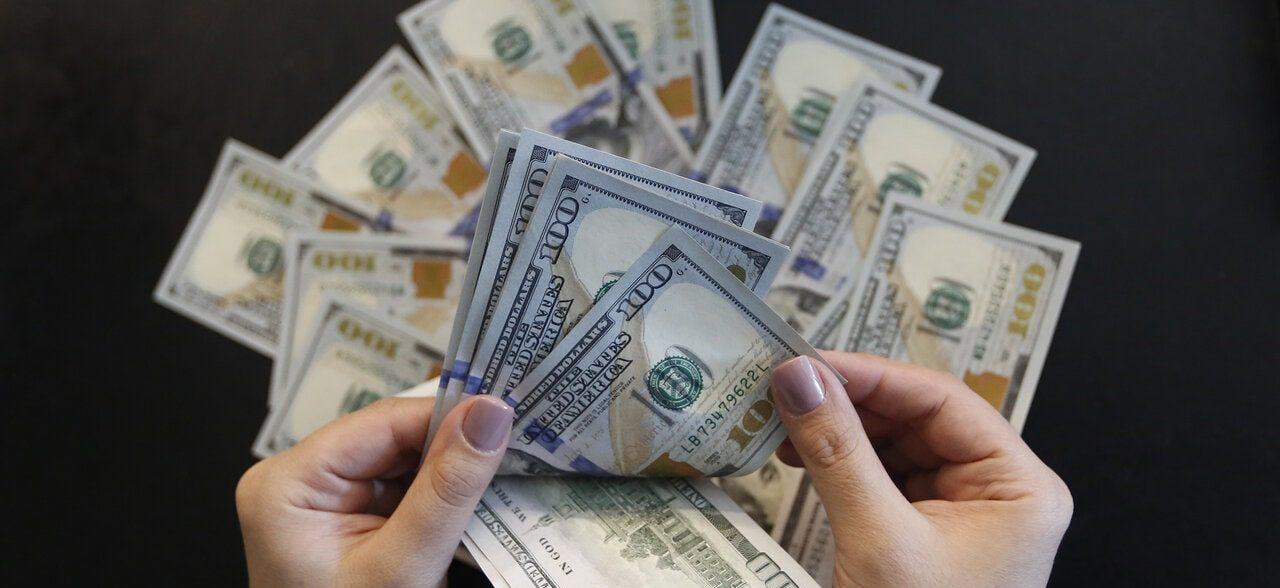 فقط یک چهارم واردات کالا با ارز ۴۲۰۰ تومانی به دست مردم رسید