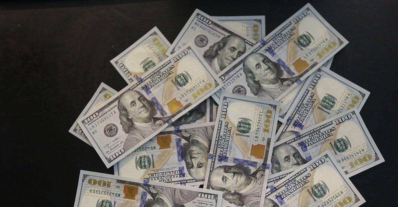 تداوم روند تدریجی کاهشی نرخ دلار و آمادگی برای ورود به کانال ۲۲ هزاری